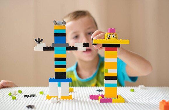 LEGO и мебель