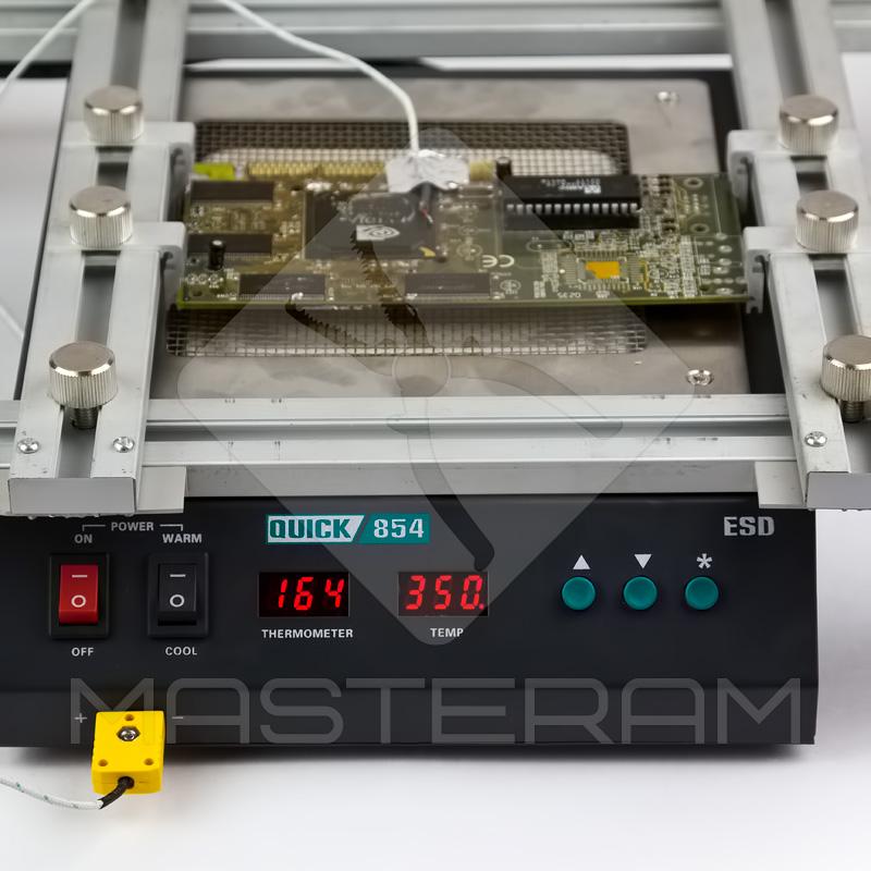 Встановлення плати на переднагрівачі плат Quick 854