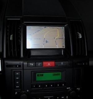 Land Rover Freelander 2 после установки монитора