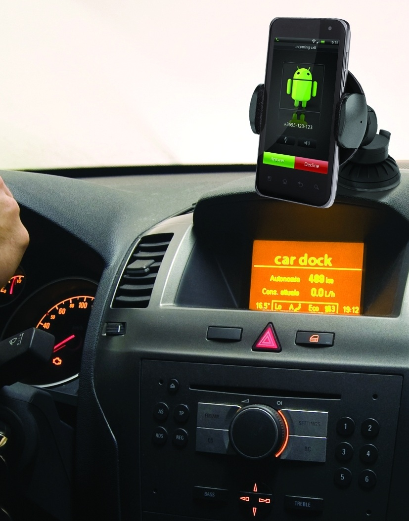 iPhone Car Dock. Mount Example