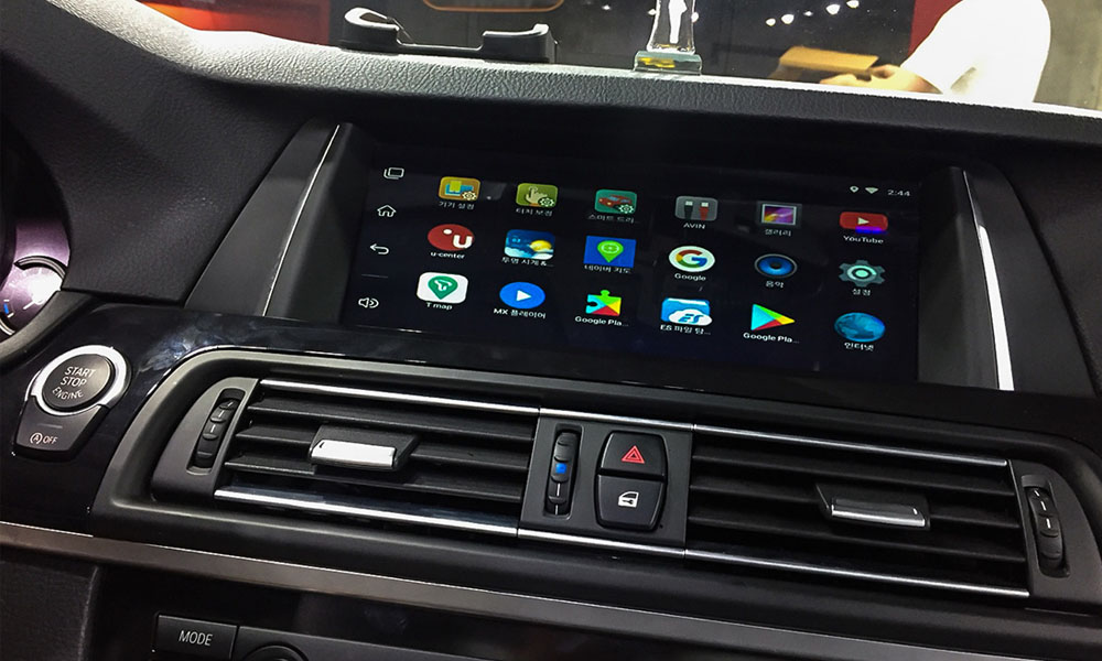BMW touch screen