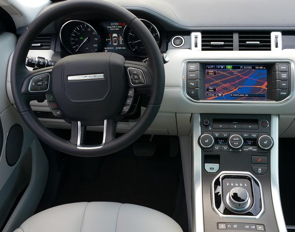 Range Rover Evoque head unit