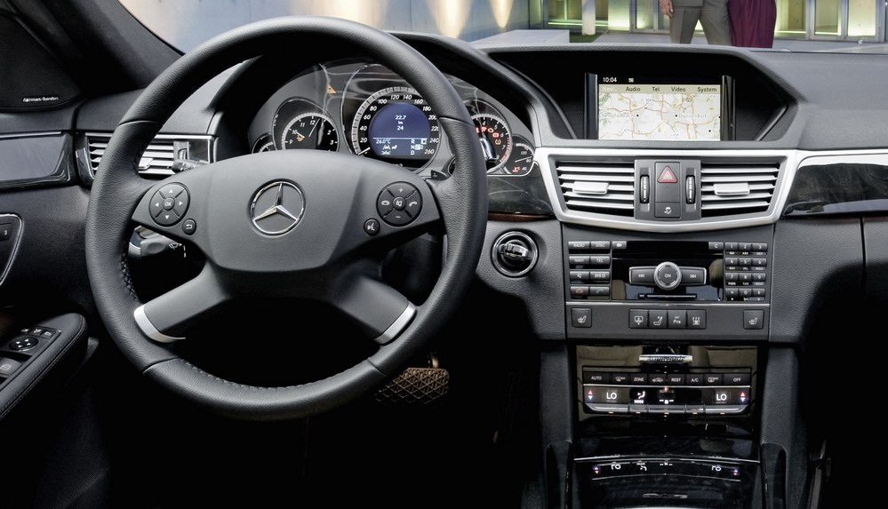 Autorradio Mercedes-Benz