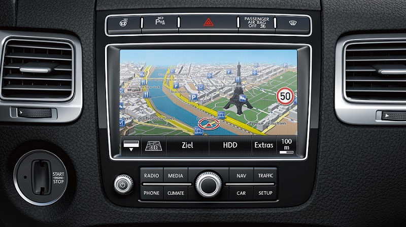 Volkswagen RNS850 Head Unit Front