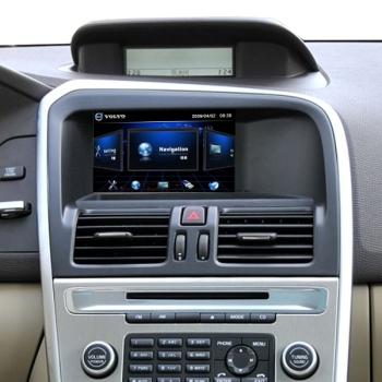 Переходная рамка для монитора Volvo XC60. Вид в интерьере