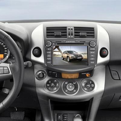 Мультимедийный навигационный центр Phantom DVM-1500G HDi в интерьере Toyota RAV4