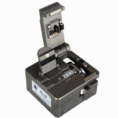 Прецизійний сколювач оптичних волокон KL-21B