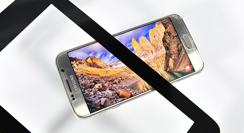 Mercedes-Benz touch screen