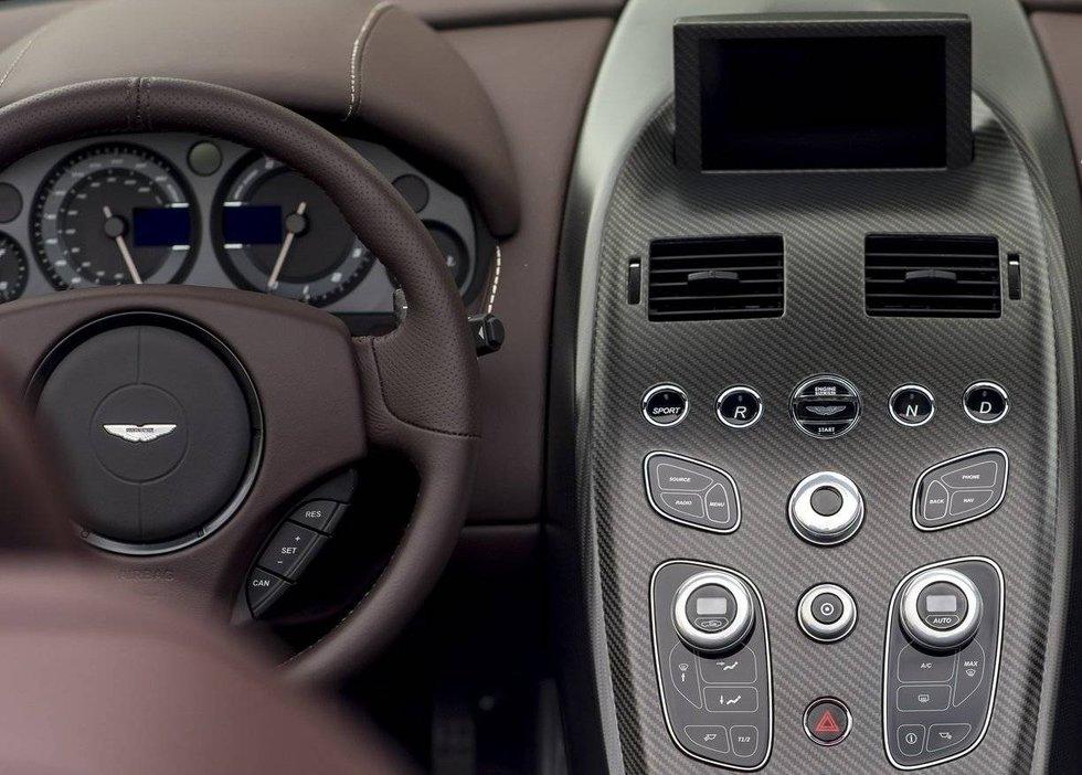 Aston Martin head unit